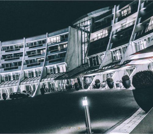 sanadome-by-night